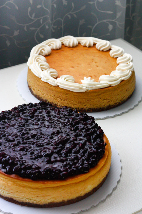 two_cheesecakes (137K)